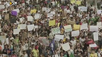 RTL Nieuws Uniek in Brazilië: volkswoede op straat