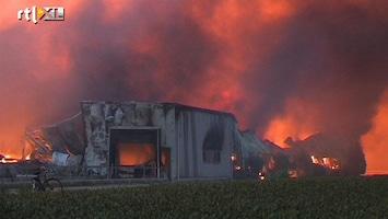 RTL Nieuws Felle brand in bollenschuur