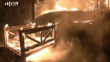 RTL Nieuws Bosbrand verwoest huizen in Californië