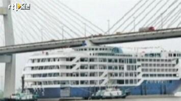 RTL Nieuws Gloednieuw cruiseschip iets te hoog