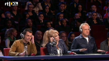Holland's Got Talent De jury overlegt (deel 2)