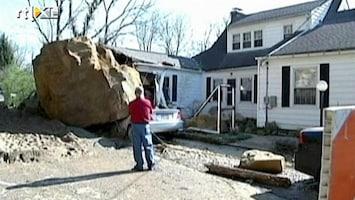 RTL Nieuws Gigantisch rotsblok verwoest huis