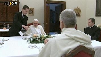 RTL Nieuws Klikkende butler van de paus krijgt celstraf