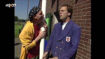 Ernst, Bobbie En De Rest - Schapen Scheren