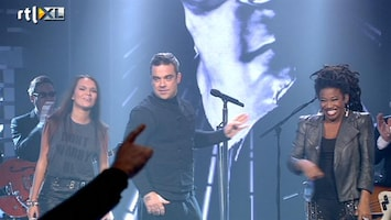 The Voice Of Holland - Robbie Williams Met Leona En Babette