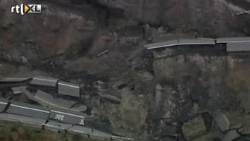 RTL Nieuws Weg verdwenen na aardverschuiving