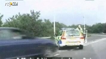 RTL Nieuws Aangereden agent arresteert autodief