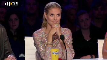 Editie NL Prachtig meisje blaast jury omver