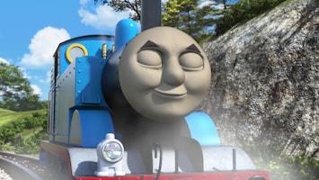 Thomas De Stoomlocomotief Kenji op het spoor