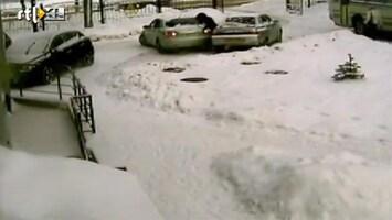 Editie NL Fail! Vrouw helpt met inparkeren