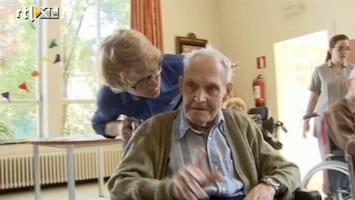 RTL Nieuws Belgische jongeren vieren vakantie in bejaardentehuis