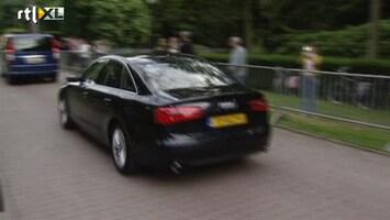 RTL Nieuws Willem-Alexander en Maxima arriveren op Huis ten Bosch