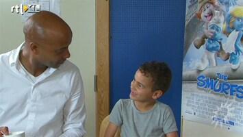 RTL Boulevard Humberto Tan en zoon Benjamin Tan werken samen in Smurfen II