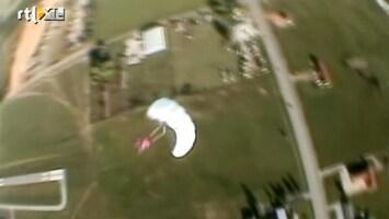 1000 Ways To Die Parachutesprong gaat volledig mis