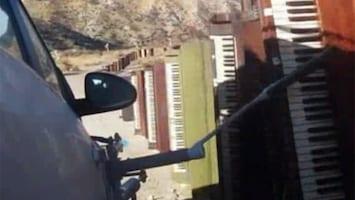 RTL Nieuws Rijdende rock 'n' roll in nieuwe clip OK Go