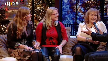 All You Need Is Love Kerstspecial Tracy komt over voor Kerst