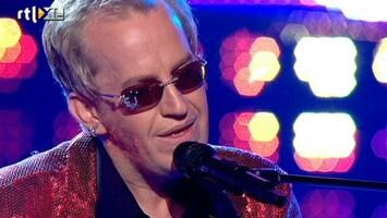 My Name Is ... David als Elton John met Your Song