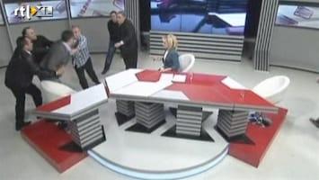 Editie NL Massale vechtpartij live op tv