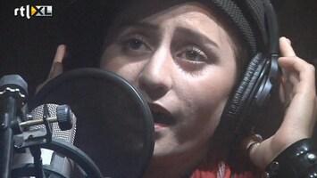 RTL Nieuws Niet makkelijk: Rapster in Afghanistan