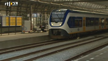 RTL Nieuws Treinverkeer Amsterdam langzaam op gang
