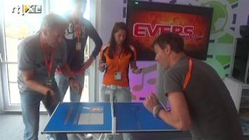 De Zomer Van 4: De Spelen - Mini-tafeltennis Met Peter En Viggo