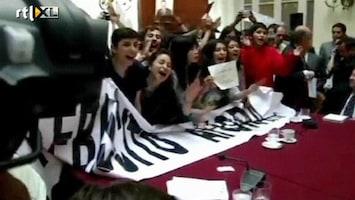 RTL Nieuws Studenten bestormen parlement Chili