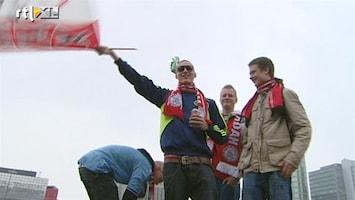 RTL Nieuws Amsterdammers huldigen Ajax bij Arena
