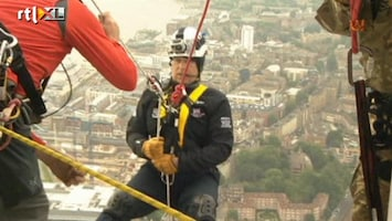 RTL Nieuws Britse prins seilt 310 meter ab voor goede doel