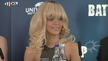 RTL Boulevard Rihanna ontkent relatie Ashton