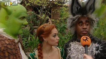RTL Boulevard Cast Shrek op bezoek in dierentuin