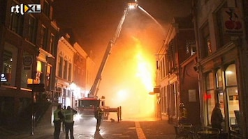 RTL Nieuws Fel uitslaande brand in Kampen