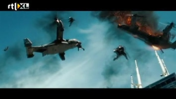 RTL Boulevard Transformers - Wing Suit Jump