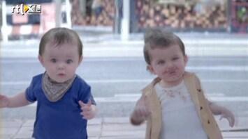 Editie NL Volwassenen worden baby in Evian-reclame