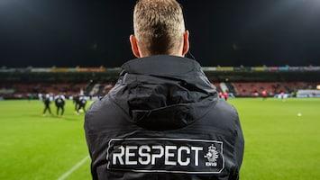 RTL Nieuws Minuut stilte in betaald voetbal