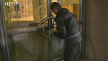 RTL Nieuws Greenpeace blokkeert hoofdkantoor Shell