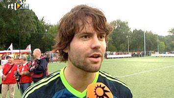 RTL Boulevard RTL Sterrenteam voetbalt voor Ruben en Julian