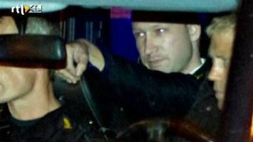 RTL Nieuws Breivik langer in isoleercel