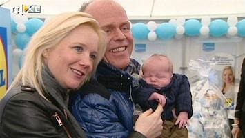 RTL Boulevard Sonja Bakker showt baby Bram