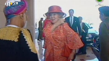RTL Nieuws Beatrix nu op staatsbezoek in Oman