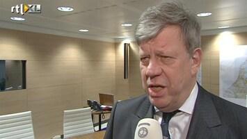 RTL Nieuws Opstelten: geweld tegen hulpverleners aanpakken