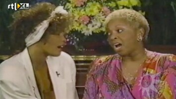 RTL Boulevard Interview met moeder Whitney Houston