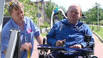 RTL Nieuws Bezuinigingen dreigen 19.000 rolstoelers thuis te houden