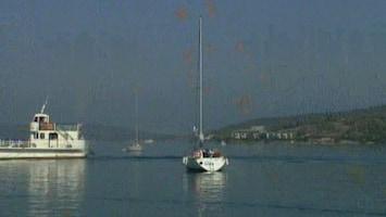 Bassie & Adriaan En De Geheimzinnige Opdracht - Uitzending van 11-02-2012