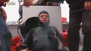 Editie NL Held! Man zonder ledematen zwemt van Alaska naar Rusland