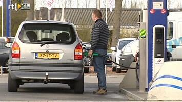 RTL Nieuws Nederlanders steeds zuiniger met benzine
