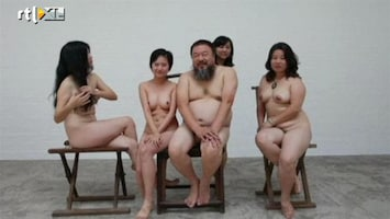 RTL Nieuws Naakte steun voor Ai Wei Wei
