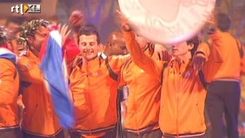 RTL Nieuws Zilveren hockeyheren gehuldigd