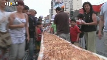 RTL Nieuws Ruim 300 meter lange appeltaart