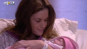 Goede Tijden, Slechte Tijden Nina geniet van het moederschap