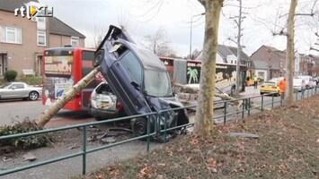 RTL Nieuws Duitse bus veroorzaakt ravage in Vaals